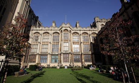 Bristol University 010 - Becas internacionales en la Universidad de Bristol en Reino Unido