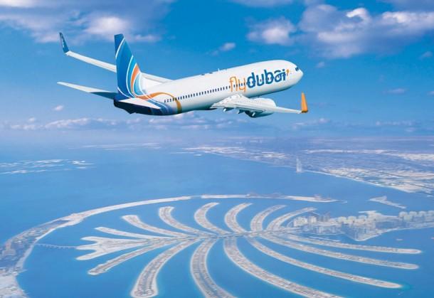 flydubai plane over palm 610x419 - Tripulantes de cabina para FlyDubai