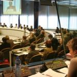 Becas de la CE para formación en interpretación de conferencias