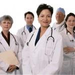 En Inglaterra se buscan 15 médicos para urgencias
